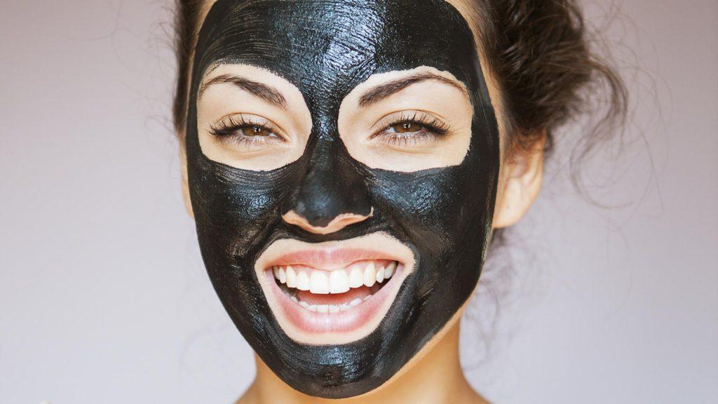 http://healthlifemedia.com/healthy/wp-content/uploads/2018/02/black-mask-peel-off-1024x576.jpg